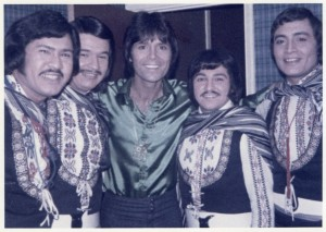 Los De Tauro, with Cliff Richard, 1973
